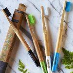 Brosses à dents en bambou, paquet de brosses écologiques, 100% organiques, biodégradable, naturelles et veganos. 4 pièces avec poils de charbon naturelles, végétales et doux. Libre de BPA pour la meilleure nettoyage dents. … de la marque DUAMY image 1 produit