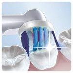 Oral-B Braun 3D Têtes de rechange pour brosse à dent rechargeable - Pack de 4 brossettes - Coloris aléatoire de la marque Oral-B image 2 produit