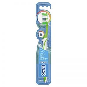 Oral-B Complete 5 Way Clean Medium Brosse à Dents Manuelle  de la marque Oral B Manual image 0 produit