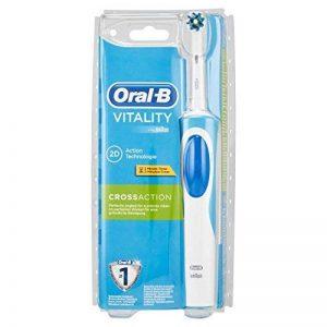 Oral-B D12513–Brosse à dents vibrante de la marque Oral-B image 0 produit