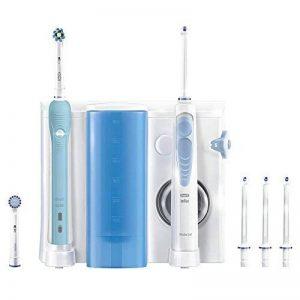 Oral-B Kit pour l'hygiène dentaire Brosse à dents électrique Oral-B Pro 700 et hydropulseur Waterjet de la marque Oral-B image 0 produit