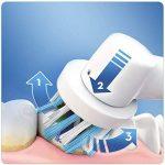 Oral-B Smart 4 4500N CrossAction Brosse à Dents Électrique Rechargeable, 1 Manche Connecté Noir, 3 Modes, 2 Brossettes, 1 Étui de Voyage Offert de la marque Oral-B image 1 produit